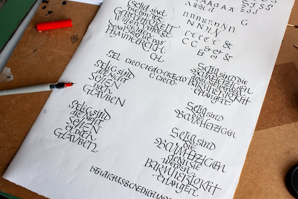 Alberts handgeschriebene Vorlagen für die Zier der fünf neuen Glocken